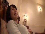 黒髪素人娘が着衣のまま濃密セックスしてる羽目どり動画